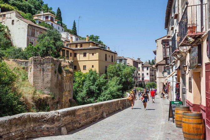 Hike Granada's River Tour