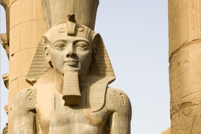 Cairo: Guided Tour to Luxor East and West banks by Overnight VIP Bus Round Trip