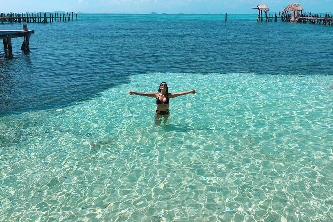 Isla Mujeres tour in a Deluxe Catamaran from Cancun!