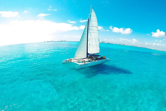 Catamaran Sailing Adventure to Isla Mujeres from Cancun with all inclusive!