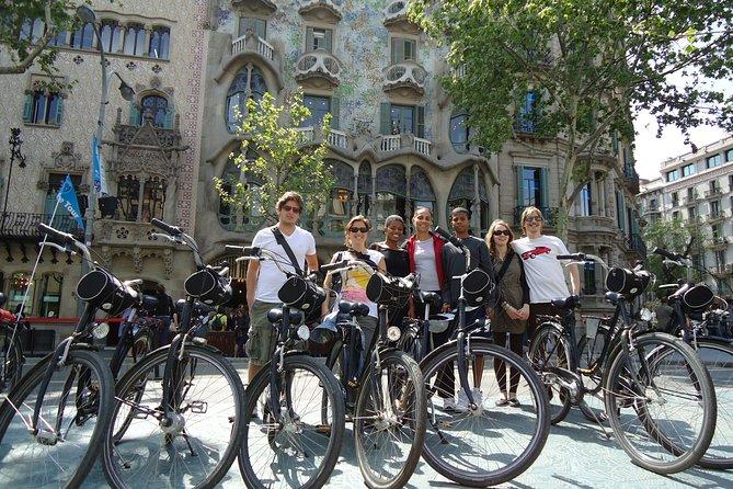 City Center Bike Tour in Barcelona