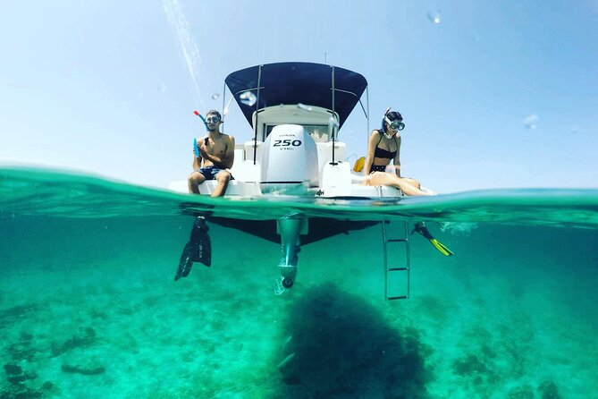 PRIVATE BOAT TOUR 4h : 3 Stops, 2 Beaches, Snorkelling Spots, New Motor Yacht