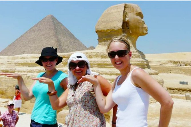 Full-Day Private Tour of Giza and Saqqara Pyramids with Lunch