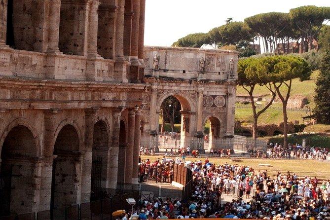 CCC SkipTheLine Colosseum and Roman Forum Tour