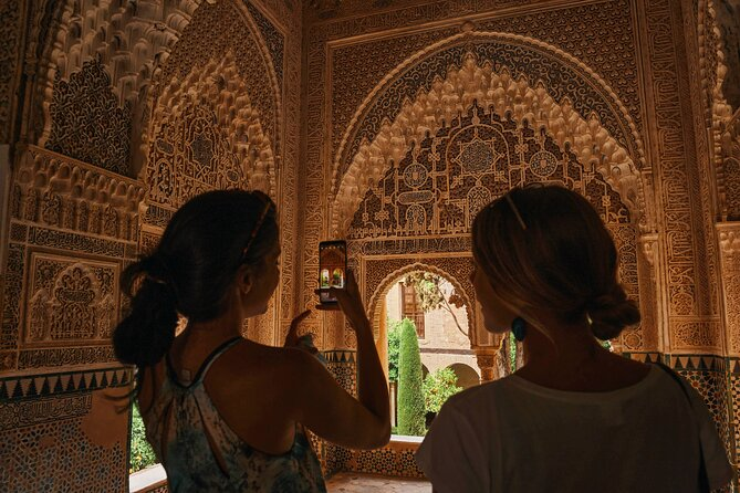 Skip The Line Alhambra and Nasrid Palaces Small Group Guided Tour