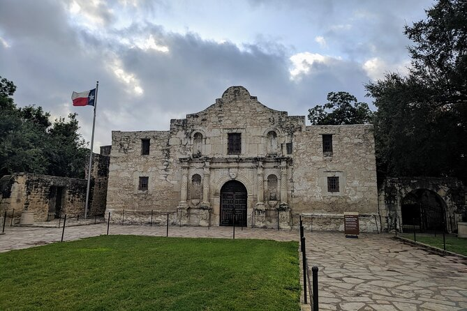 Historic San Antonio Walking Tour (Masks Required)