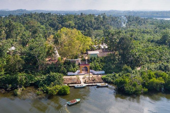 Boat safari & Hikkaduwa coral reef visit including Galle city from Hambantota