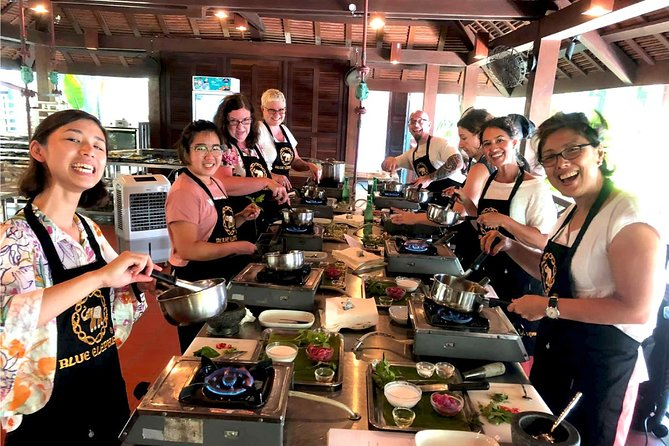 Blue Elephant Thai Cooking Class with Market Tour in Phuket