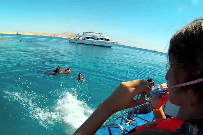 Tiran Island ;Snorkeling & Diving;Luxurious yacht;Full board