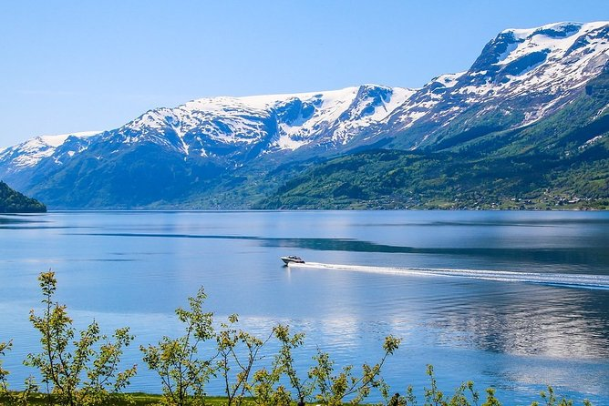 Day tour to Hardanger - Grand round trip from Bergen - 3 Fjord Cruises in 1 day