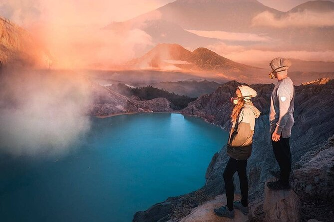 Ijen Crater Blue Fire Tour start from Banyuwangi - Midnight Departure