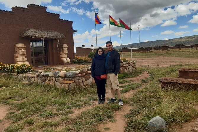 Private day trip: Cable Car Ride, HUATAJATA(builders of reed boats), Isla Suriqui and Kalahuta Museum from La Paz, Bolivia