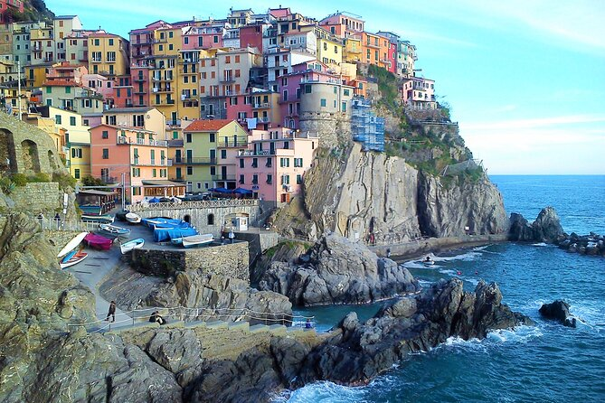 Classic Cinque Terre by train and boat