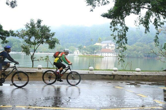 Along the Mahaweli River cycle ride with Exploring the Kingdom of Kandy.