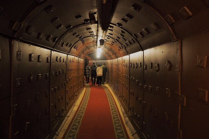 An evening underground – with dinner, bunker and metro tour