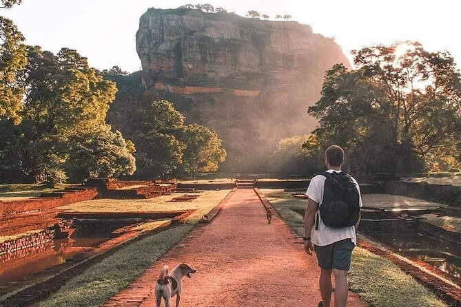 3 Days Cultural Tour to Sigiriya, Dambulla, Anuradhapura & Polonnaruwa,