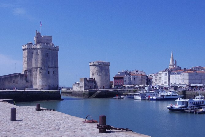 Fun routes with puzzles and challenges in La Rochelle