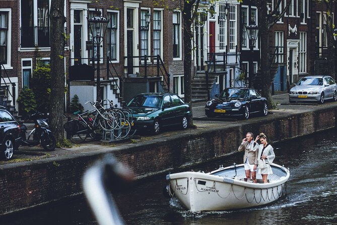 Best of Central Amsterdam Private Tour with a local