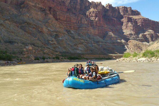 Colorado River Rafting: Afternoon Half-Day at Fisher Towers