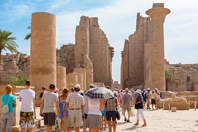 Cairo: Guided Tour to Luxor East and West banks by Overnight Bus Round Trip