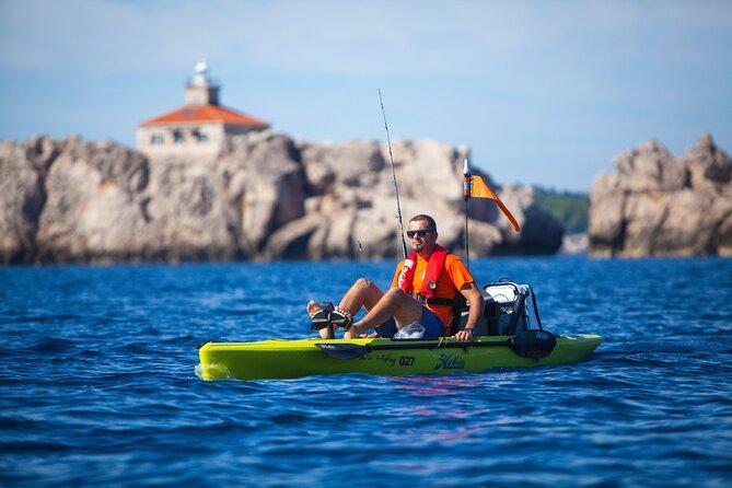 Hands-free kayaking + a fishing rod