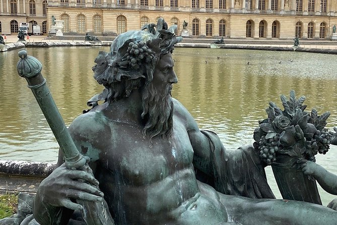 The Gardens at the Palace of Versailles: An audio tour of Louis XIV's gardens