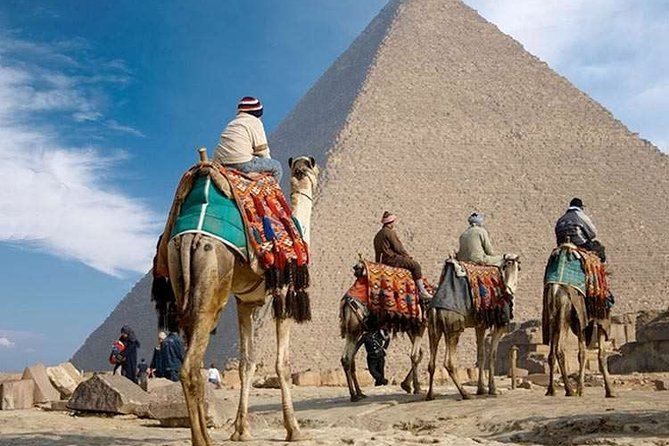 Enjoy 8 Days 7 Nights Pyramids and Nile Cruise by Air from Cairo Including Tours