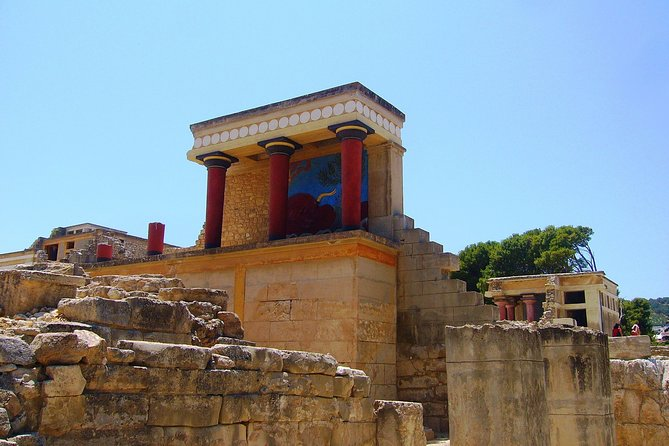 SeaByBus - All inclusive full day trip to Knossos-Arch.Museum-Heraklion city
