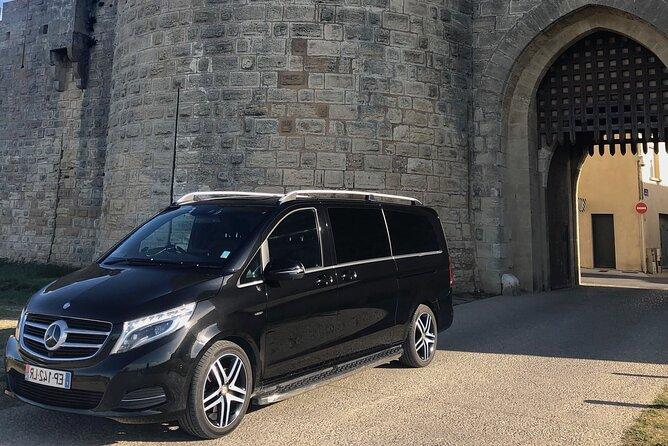 Transfer in high-end Mercedes minibus Nimes / Aigues Mortes, 7 passengers