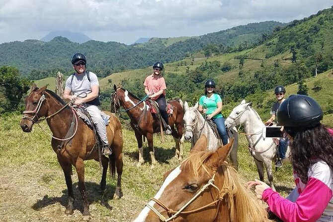 Morning Horseride with Cowboy & Afternoon hanging bridges with naturalist guide