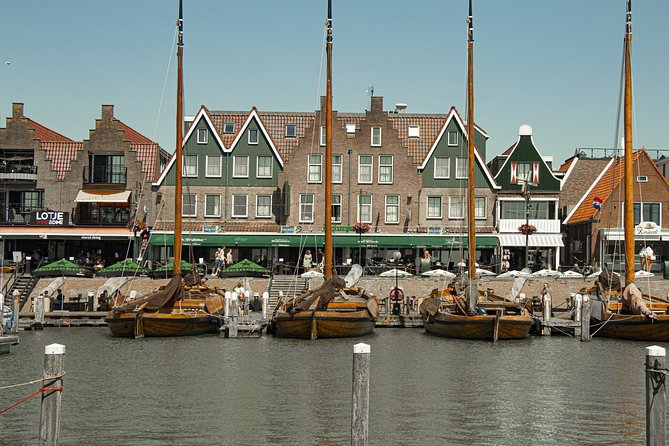Private Day Trip Tour to Marken & Volendam with a local