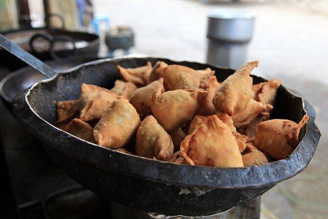 Bhubaneswar Food Crawl (2 Hours Guided Local Food Tasting Tour)