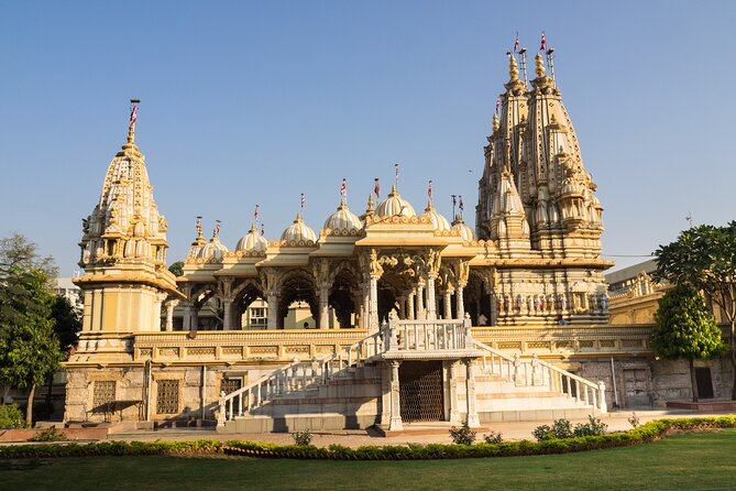 Spiritual Trails of Ahmedabad (2 Hours Guided Temples Walking Tour)