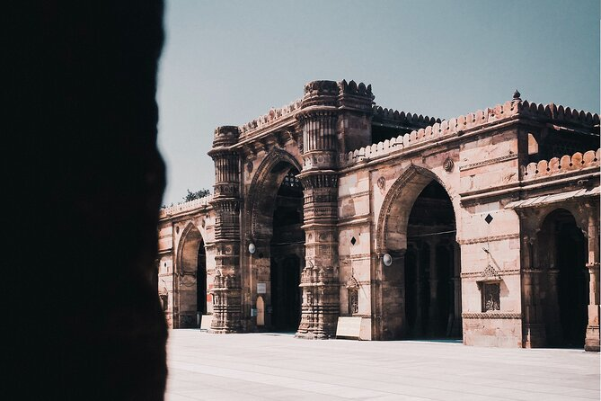 Explore the Best of Ahmedabad by Car (Guided Full Day City Sightseeing Tour)
