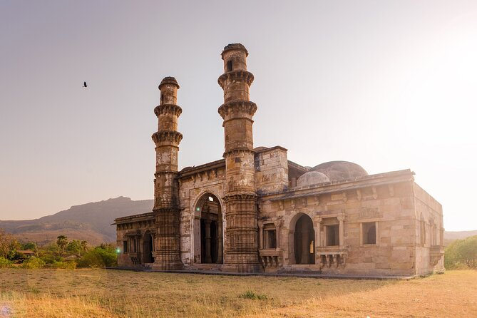 Champaner-Pavagadh Archaeological Park Day Trip (Guided Car Tour from Ahmedabad)