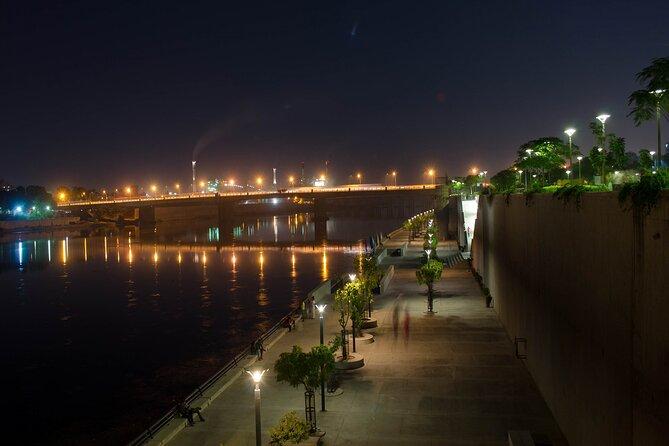Ahmedabad Night Walk (2 Hours Guided Walking Tour)