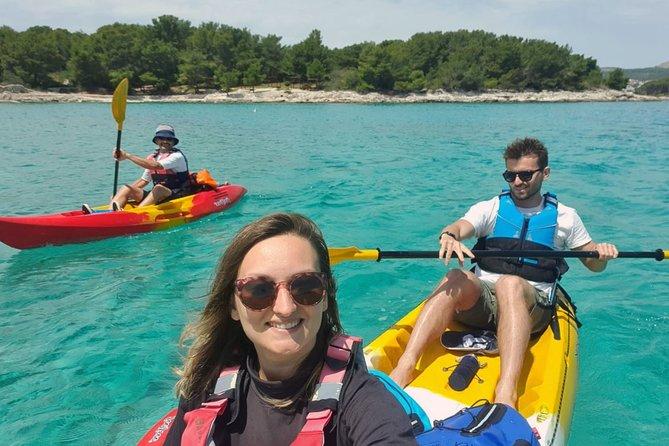 Tour guidato in kayak alle isole Pakleni