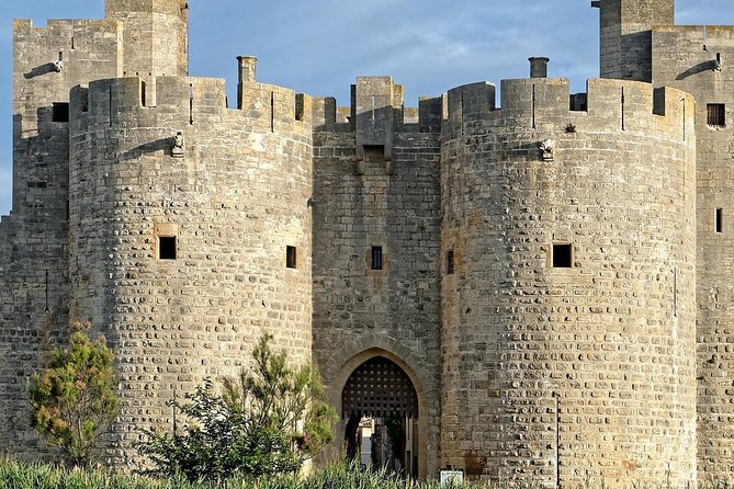 Excursion from the cruise port of Marseille to the medieval city of Aigues Mortes