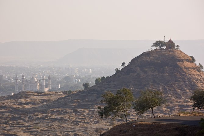 Best of Aurangabad with Caves (Guided Full Day City Sightseeing Tour by Car)