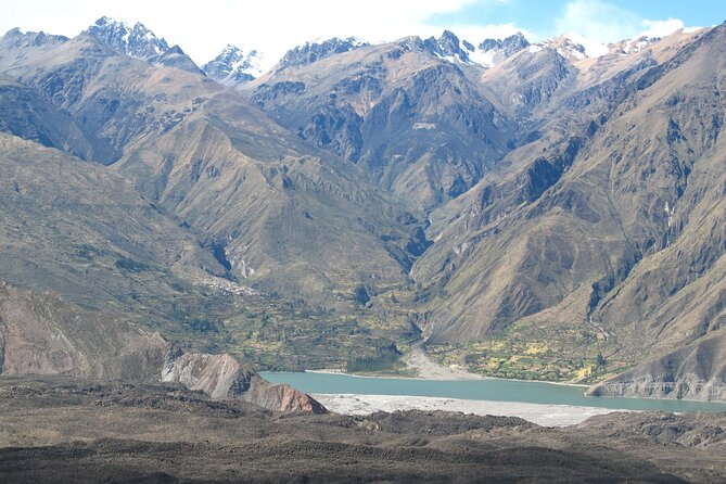 Colca Canyon and Valley of the Volcanoes 3Days nature and culture tour