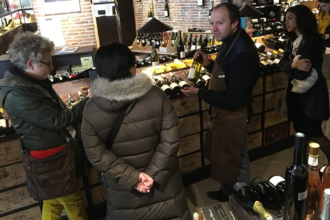 Loire Valley Wine Lovers Tasting Tour with Private Driver