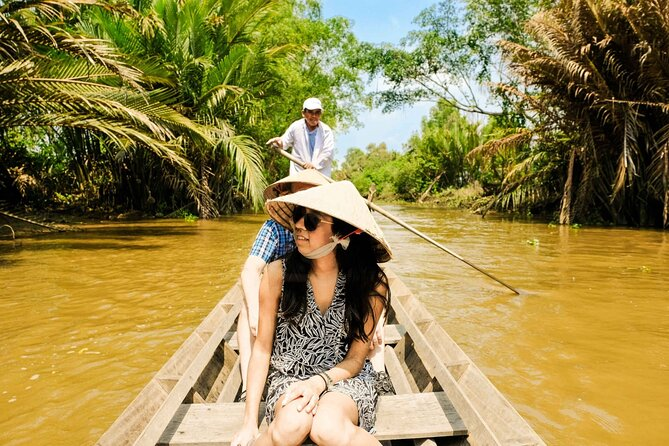 The wild life of Mekong Delta by Vespa 2 days