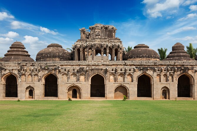 Walk through the time in Hampi (2 Hours Guided Walking Tour)
