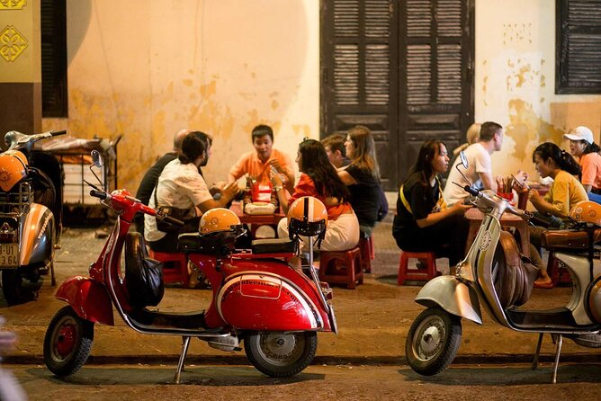 Hoi An foodie night tour by Vespa