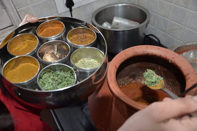Vegetarian Rajasthani Cooking Class with a Local in Jaipur
