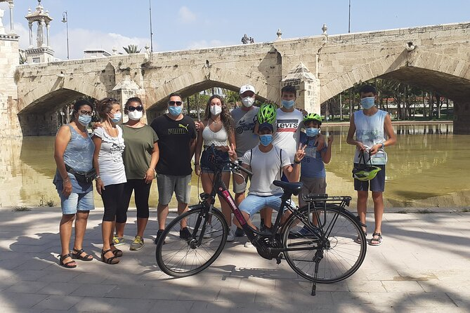 Half-Day Valencia Highlights Biking Tour