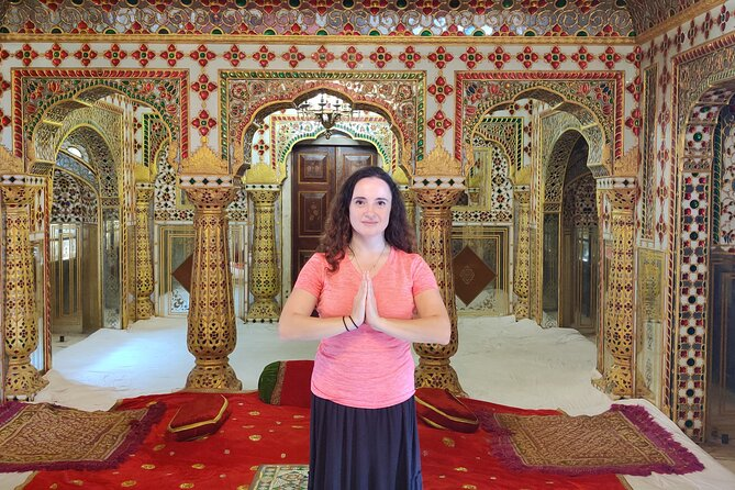 Private Jaipur Tour for Solo Female Traveler with Female Guide