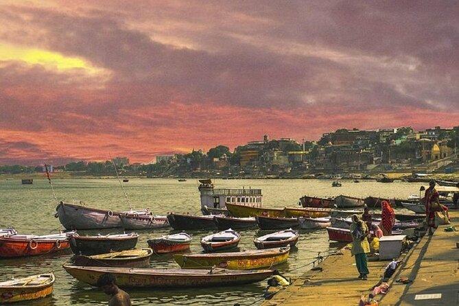 Private Riverside Walking Tour to Varanasi Temples
