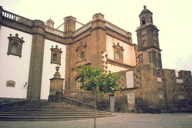 Private 3-hour Walking Tour of Las Palmas with official tour guide