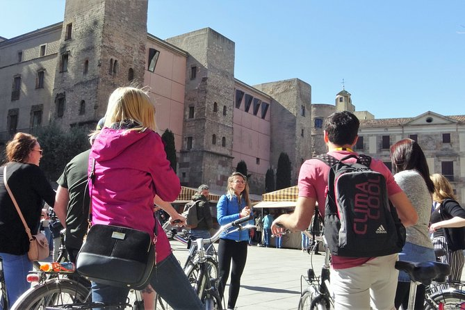 Photo E-Bike Tour Best of Modernism and Mediterranean Barcelona Small Group
